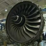 Какой самолет лучше для пассажира Boeing или Airbus